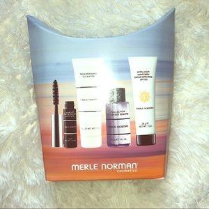 Merle Norman Sample Cosmetic Pack
